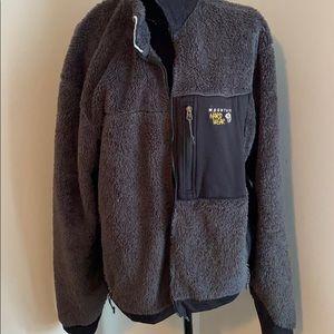 Mountain hardwear  jacket in gray